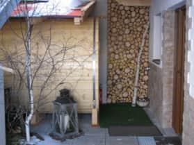 Sauna und Laterne