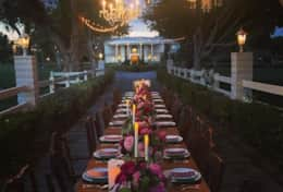 wayne newton estate wedding table