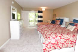 Lower Right Bedroom- 2 Queen Beds