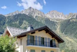Main balcony of the apartment Gran Paradiso with access to lounge and bedrooms 3 and 4.
