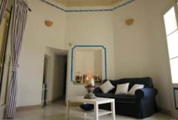 Grecale - living with tuff ceiling - Leuca - Salento