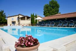 Il Mulino, family apartments near Montefalco