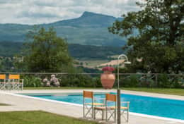 Holiday-in-Tuscany-Poppi-Villa-Borgo-Bibbiena (5)