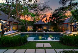 Pool-and-gardens-at-dusk