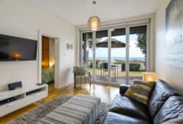 1-18 Seaview Rd West Beach 29