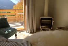 Vaujany Ski Chalets self catered holiday rental La Petite Cabin