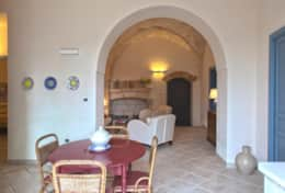 Carrubo - dining area to lining room - Gagliano del Capo - Salento