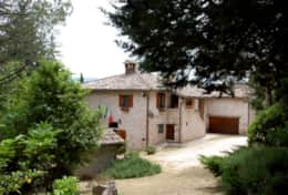 Authentic private villa at 10 minutes from Spoleto
