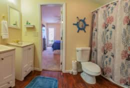 12451-Insim-Lane-Leesburg-FL-34788-bathroom-2