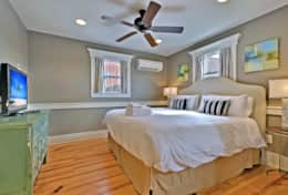 Master Bedroom 1 (King Bed)