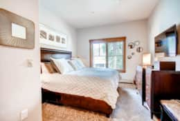 Mountain Thunder - Master bedroom