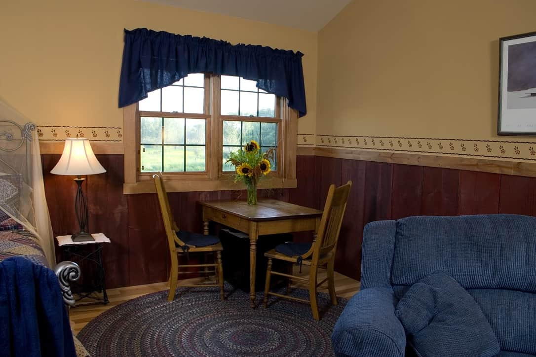 Pine Grove Park Bed and Breakfast Guest House Romantic Getaway Wisconsin