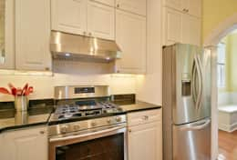 Kitchen (Gas Stove)