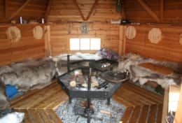 K45 Mackenzie Cottage – Guests have access to SWESCOT Barbecue Hut with real reindeer skins